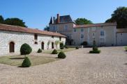 Château / manoir Chatellerault • 500m² • 15 p.