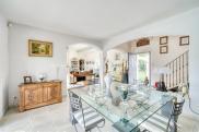Villa Aix en Provence • 200m² • 6 p.
