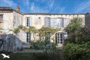 Maison Mauze sur le Mignon • 236m² • 8 p.