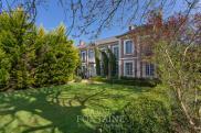 Maison Crevecoeur le Grand • 320m² • 12 p.