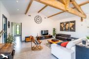 Maison St Georges des Coteaux • 202m² • 6 p.