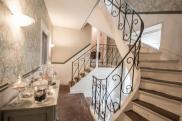 Propriété Chessy • 350 m² environ • 13 pièces
