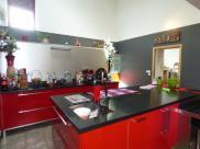 Maison Belleville • 500 m² environ • 16 pièces