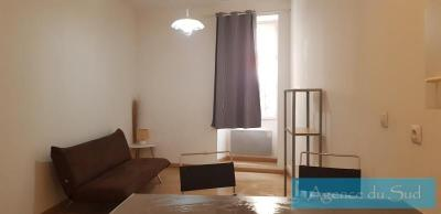 Location appartement Auriol • <span class='offer-area-number'>20</span> m² environ • <span class='offer-rooms-number'>1</span> pièce