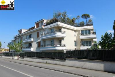 Vente appartement Montfermeil • <span class='offer-area-number'>73</span> m² environ • <span class='offer-rooms-number'>4</span> pièces