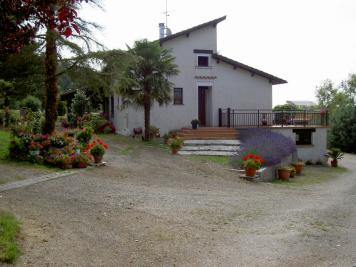 Vente maison Montauban • <span class='offer-area-number'>190</span> m² environ • <span class='offer-rooms-number'>7</span> pièces