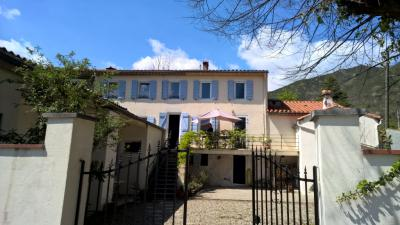 Vente propriété Prats de Mollo la Preste • <span class='offer-area-number'>227</span> m² environ • <span class='offer-rooms-number'>6</span> pièces