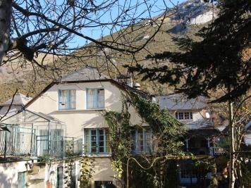 Vente maison Campan • <span class='offer-area-number'>530</span> m² environ • <span class='offer-rooms-number'>10</span> pièces