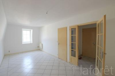 Achat appartement Orthez • <span class='offer-area-number'>77</span> m² environ • <span class='offer-rooms-number'>4</span> pièces