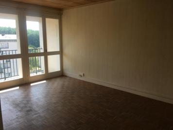 Appartement Bourges • <span class='offer-area-number'>64</span> m² environ • <span class='offer-rooms-number'>3</span> pièces