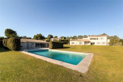 Vente propriété Cabestany • <span class='offer-area-number'>305</span> m² environ • <span class='offer-rooms-number'>6</span> pièces