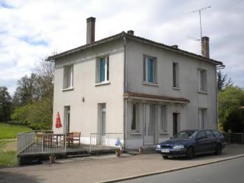 Vente maison Oradour Fanais • <span class='offer-area-number'>140</span> m² environ • <span class='offer-rooms-number'>6</span> pièces