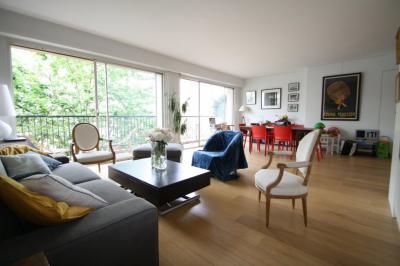Appartement Paris 16 • <span class='offer-area-number'>90</span> m² environ • <span class='offer-rooms-number'>4</span> pièces