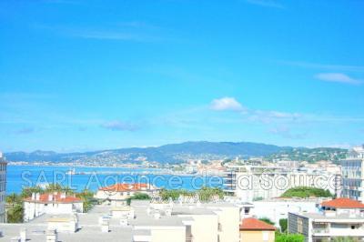 Appartement Cannes • <span class='offer-area-number'>77</span> m² environ • <span class='offer-rooms-number'>3</span> pièces