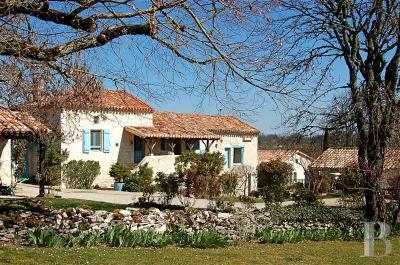 Vente maison Montcuq • <span class='offer-area-number'>197</span> m² environ • <span class='offer-rooms-number'>9</span> pièces