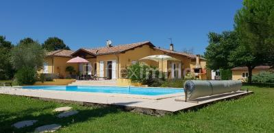 Vente villa Auch • <span class='offer-area-number'>150</span> m² environ • <span class='offer-rooms-number'>6</span> pièces