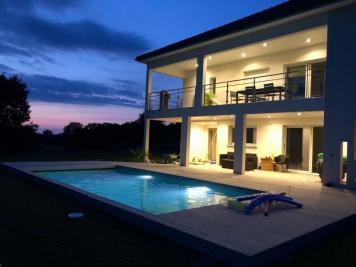 Vente maison St Castin • <span class='offer-area-number'>195</span> m² environ • <span class='offer-rooms-number'>6</span> pièces