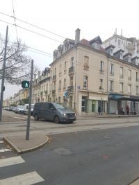 Location commerce Nancy