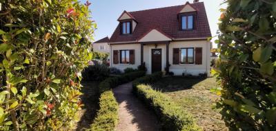 Vente maison Montereau Fault Yonne • <span class='offer-area-number'>88</span> m² environ • <span class='offer-rooms-number'>6</span> pièces