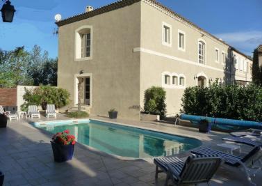 Vente propriété Moussan • <span class='offer-area-number'>320</span> m² environ • <span class='offer-rooms-number'>9</span> pièces