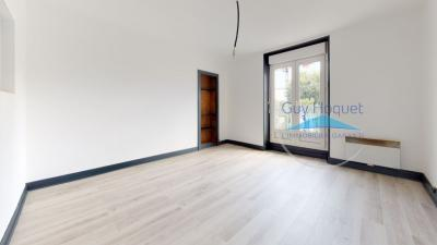 Vente appartement Grenoble • <span class='offer-area-number'>48</span> m² environ • <span class='offer-rooms-number'>2</span> pièces