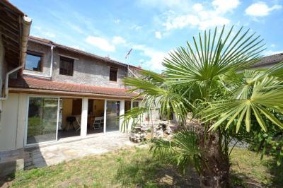 Vente maison Escurolles • <span class='offer-area-number'>173</span> m² environ • <span class='offer-rooms-number'>5</span> pièces