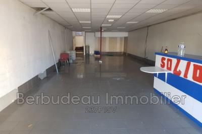 Achat commerce Carpentras • <span class='offer-area-number'>230</span> m² environ