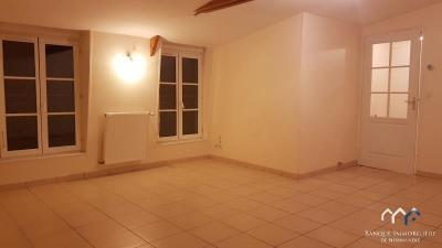 Location appartement Bayeux • <span class='offer-area-number'>56</span> m² environ • <span class='offer-rooms-number'>3</span> pièces