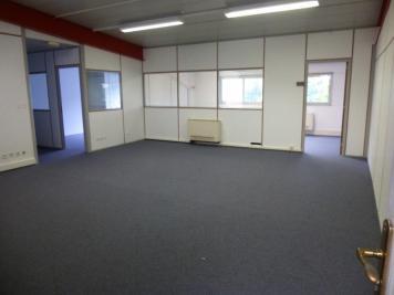 Location bureau Acheres • <span class='offer-area-number'>79</span> m² environ • <span class='offer-rooms-number'>3</span> pièces