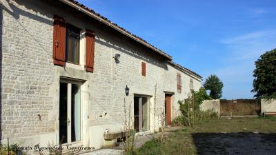 Vente maison Paizay le Chapt • <span class='offer-area-number'>159</span> m² environ • <span class='offer-rooms-number'>7</span> pièces