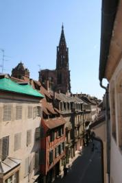 Vente appartement Strasbourg • <span class='offer-area-number'>253</span> m² environ • <span class='offer-rooms-number'>8</span> pièces