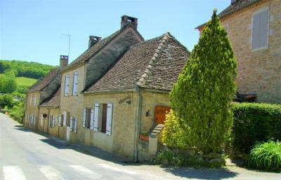 Vente maison Gramat • <span class='offer-area-number'>120</span> m² environ • <span class='offer-rooms-number'>3</span> pièces