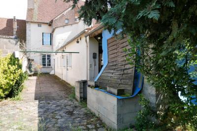 Vente autre Beaune-la-Rolande • <span class='offer-area-number'>145</span> m² environ • <span class='offer-rooms-number'>4</span> pièces