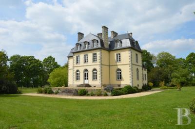 Vente château Rennes • <span class='offer-area-number'>500</span> m² environ • <span class='offer-rooms-number'>15</span> pièces