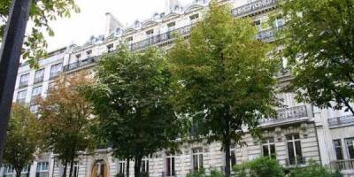 Vente appartement Paris 16 • <span class='offer-area-number'>400</span> m² environ • <span class='offer-rooms-number'>7</span> pièces