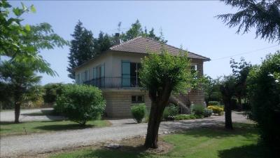 Vente maison Nontron • <span class='offer-area-number'>150</span> m² environ • <span class='offer-rooms-number'>7</span> pièces