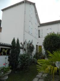 Vente maison Montlucon • <span class='offer-area-number'>225</span> m² environ • <span class='offer-rooms-number'>11</span> pièces