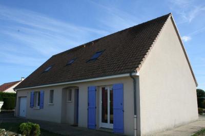 Achat maison Beaumont sur Sarthe • <span class='offer-area-number'>132</span> m² environ • <span class='offer-rooms-number'>7</span> pièces