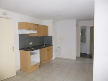Location appartement Vichy • <span class='offer-area-number'>48</span> m² environ • <span class='offer-rooms-number'>2</span> pièces