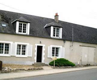 Location maison Meung sur Loire • <span class='offer-area-number'>135</span> m² environ • <span class='offer-rooms-number'>6</span> pièces