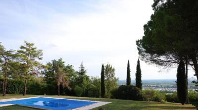 Vente maison Castelnau d Estretefonds • <span class='offer-area-number'>200</span> m² environ • <span class='offer-rooms-number'>6</span> pièces
