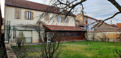 Villa Aigueperse • <span class='offer-area-number'>100</span> m² environ • <span class='offer-rooms-number'>5</span> pièces