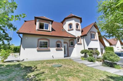 Vente villa Souffelweyersheim • <span class='offer-area-number'>220</span> m² environ • <span class='offer-rooms-number'>8</span> pièces