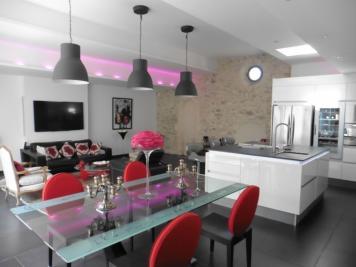 Maison Aigues Mortes • <span class='offer-area-number'>200</span> m² environ • <span class='offer-rooms-number'>5</span> pièces