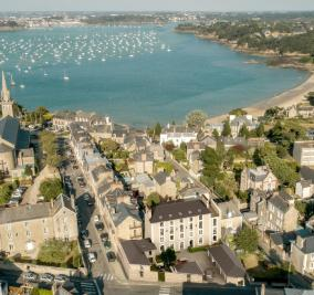 Vente appartement Dinard • <span class='offer-area-number'>82</span> m² environ • <span class='offer-rooms-number'>3</span> pièces
