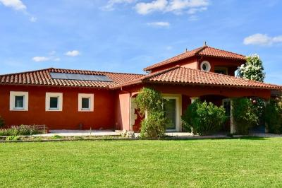 Vente maison Marciac • <span class='offer-area-number'>146</span> m² environ • <span class='offer-rooms-number'>7</span> pièces