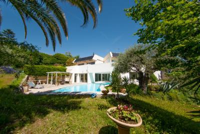 Vente maison Biot • <span class='offer-area-number'>270</span> m² environ • <span class='offer-rooms-number'>10</span> pièces