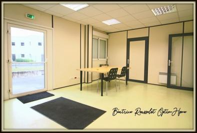 Location bureau Vulaines sur Seine • <span class='offer-area-number'>150</span> m² environ • <span class='offer-rooms-number'>6</span> pièces