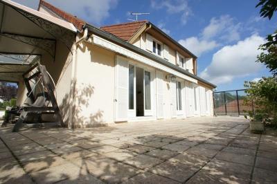 Vente maison Bellerive sur Allier • <span class='offer-area-number'>155</span> m² environ • <span class='offer-rooms-number'>7</span> pièces