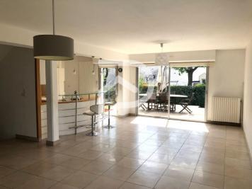 Vente maison Laval • <span class='offer-area-number'>174</span> m² environ • <span class='offer-rooms-number'>7</span> pièces